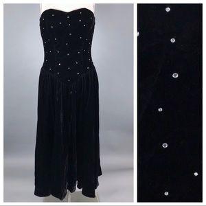 Vintage 80s black velvet strapless formal dress
